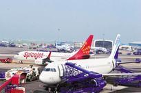 Fare war blurs line between budget, full-service carriers