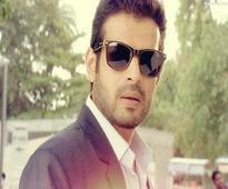 Karan Patel lashes out at Om Puri for his comments