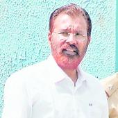 Ishrat cop gears for new innings in politics