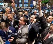 Banks lead EU shares higher