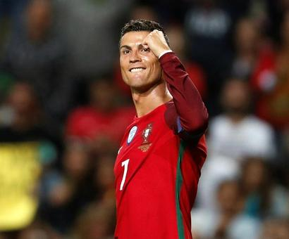 Football PHOTOS: Ronaldo, Lukaku shine with hat-tricks