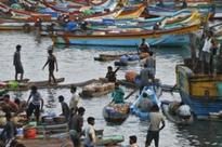 Jayalalithaa seeks PM's intervention for release of 34 fishermen held by Lanka