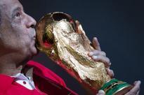 Brazilian soccer great Carlos Alberto Torres dies