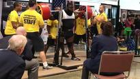 Beast powerlifter squats a record-setting 456kg