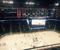 Time to move the NCAA hockey regionals to campus sites