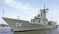 On its way to bust sea pirates, Aus. warship docks in Kochi