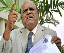 Kolkata cops in Chennai to arrest Judge Karnan