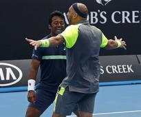 Australian Open: Paes-Raja duo stuns Murray-Soares