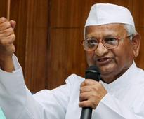 Anna Hazare vows to launch movement against 'liquor menace'