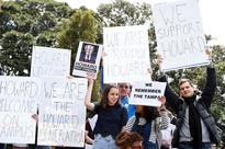 Protesters disrupt 'war criminal' John Howard's honourary doctorate ceremony at Sydney University (Yahoo7 and Agencies)