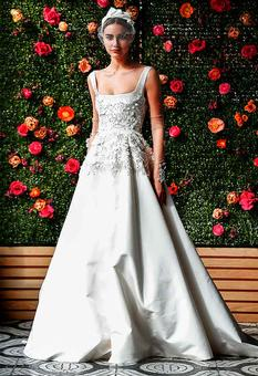 Wow! 10 dreamy gowns that'll make brides blush