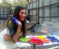 Bollywood calls for dry Holi