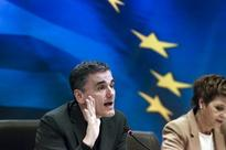 Greece expects bailout review to resume next week - minister