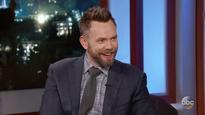 Joel McHale turns heads with Brangelina joke during People's Choice opener