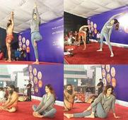 This Shilpa Shetty and Baba Ramdev's joint yoga session is the funniest thing you will see today