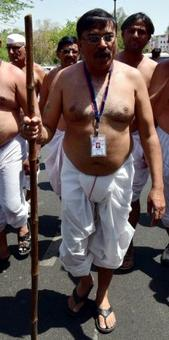 This Congress leader only wore a dhoti to MP assembly