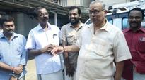 Ghar vapsi: Cold shoulder to P P Mukundan