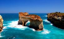 Tourism Australia ties up with airlines to offer attractive fare ...