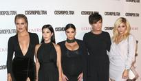 Kardashians Christmas Decorations Reveal, But Where's The Card?