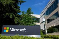 Microsoft Advises Corporations to Migrate to Windows 10 ASAP