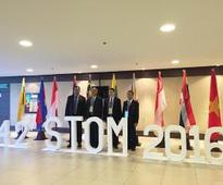 ASEAN transport officials tackle shipping market, roll-on roll-off network