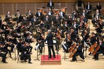 Stenz makes Philharmonic debut: First concert of the year an emotive performance under a powerful baton
