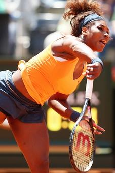 Serena extends winning streak to reach Rome final