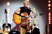 Dixie Chicks on Orlando Massacre: 'We Cannot Let the Hatred and the Anger Win Out'