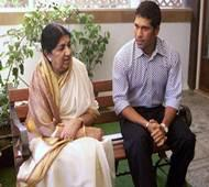 Cops to block offensive video on Lata, Sachin posted by Tanmay Bhat