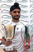Harinder Pal Sandhu wins Victorian Open title