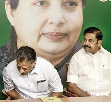 It's Dinakaran vs Madhusudhanan for Amma's seat