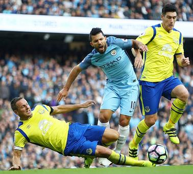 EPL PIX: City's 100 per cent home record falls; Chelsea hammer Leicester
