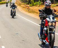 Mahindra Organises Jungle Trail Experience for Mojo Owners