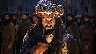 Does Bhansali glorify jauhar?