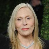 Faye Dunaway stands up royals of Brunei