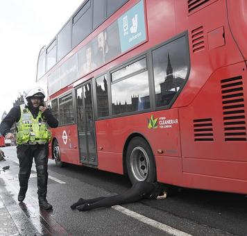 4 killed including attacker in London terror attack