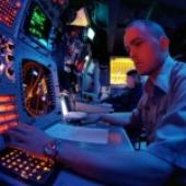 Sens. Kirk, Gillibrand Push New Bill to Speed Up Electronic Warfare Acquisition