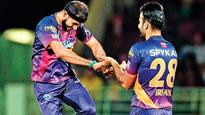 IPL 2016: Rising Pune Supergiants blaze away to win over Delhi Daredevils in rain-affected game