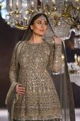 New Mom Kareena Kapoor Khan to be Showstopper at LFW