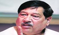 After firing salvo at Kalmadi, Girish Bapat eyes LS seat