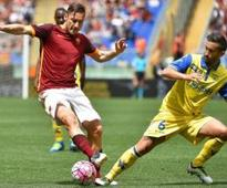 Totti plays his 600th Serie A game