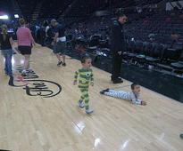 Tim Duncan hangs with kids at halftime, Manu Ginobili's twins hit court after Father's Day win (Ball Don't Lie)