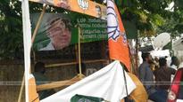 Youth Congress-Yuva Morcha clash before Secretariat