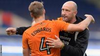 'Every Wolves player is behind Zenga'
