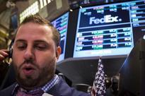 UPDATE 1-U.S. judge dismisses FedEx billing fraud, racketeering lawsuit