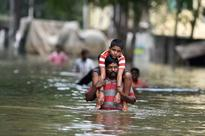 Chennai floods: List of cancelled trains from Chennai on Friday by Indian Railways; Southern Railway's Chennai Beach  Hyderabad train will leave o­n 04.12.2015 at 16.00 hrs