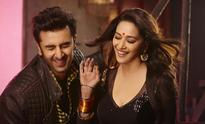 Watch: Madhuri Dixit dance to 'ghagra' with Ranbir Kapoor in 'Yeh Jawaani Hai Deewani'