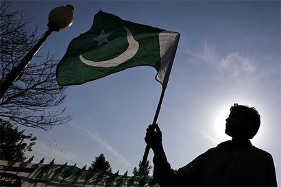 Deoband should issue fatwas against people who raise Pak flags: RSS