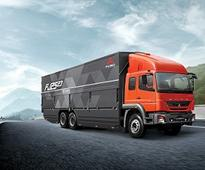 Daimler India associates with Espirit Trucking; opens BharatBenz dealership in Ghaziabad