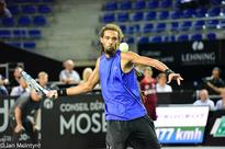 Brown Beats Mathieu in Metz Open
